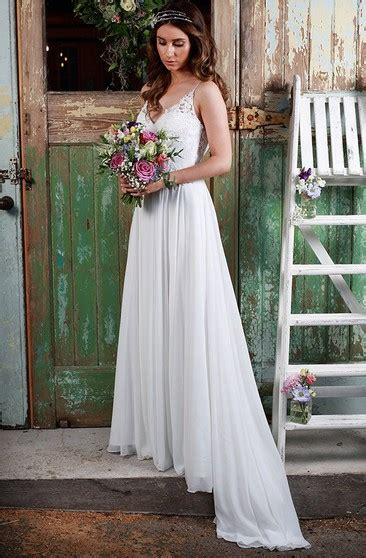 chiffon long wedding dress  empire waist