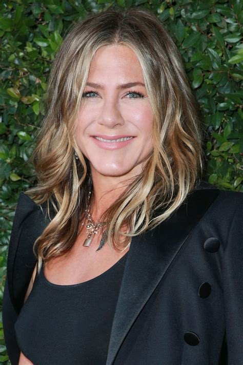 inspired  jennifer aniston hairstyles