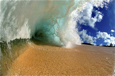 10 Beautiful Ocean Waves Swick