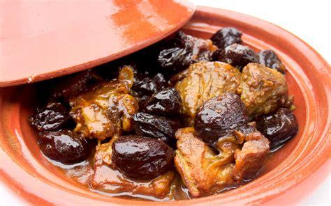 cuisine curcuma tajine d 39 agneau aux pruneaux recette de tajine d 39 agneau