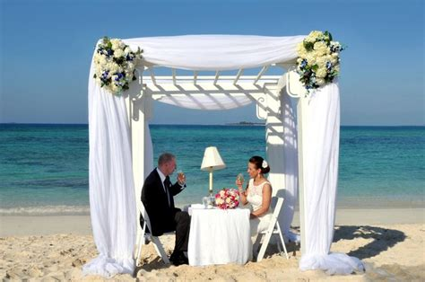 deck bahamas wedding 17 best images about the deck at sandyport on