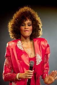 Adele Design Whitney Houston Photo 142 Of 145 Pics Wallpaper Photo