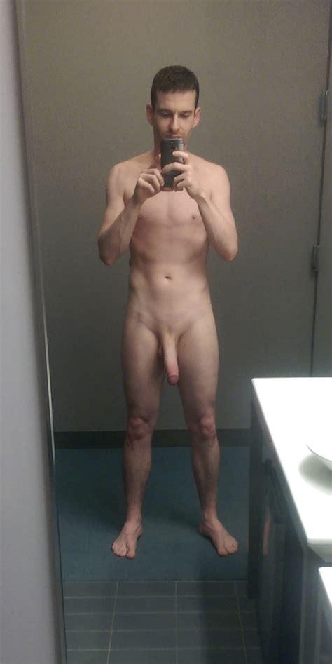 British Gay Davecms Showing Off Big Cock Mrgays
