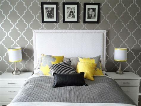 Tapete Schlafzimmer Grau by Bedroom In Gray 88 Bedrooms With Significant Presence Of