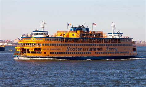Boat Transport Ny by The Free Staten Island Ferry Cruise Right By The Statue
