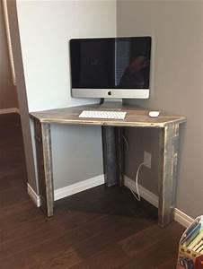 Rustic Corner Desk Office/Guest Room Furniture
