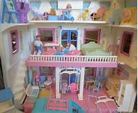 fisher price dream dollhouse 1993 Fisher Price Dream Dollhouse Doll from evezbeadz on ...