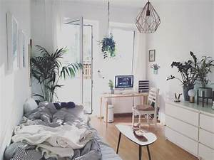 Hängesessel Fürs Zimmer : das wg zimmer wirkt gem tlich und luftig frei gleichzeitig die vielen pflanzen bringen frische ~ Orissabook.com Haus und Dekorationen