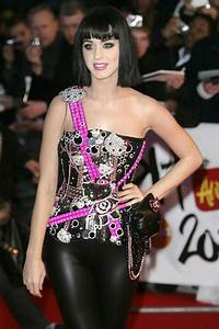 Hello Kitty Katy Perry39s Craziest Outfits StyleBistro
