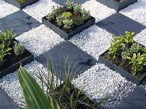17 best images about outdoor chess on pinterest children for Decoration jardin avec galets 17 travertin dimapco