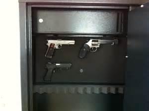 Coffre Fort Arme De Poing : support arme de poing dans le coffre page 2 ~ Dailycaller-alerts.com Idées de Décoration