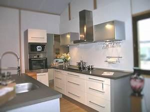 modele agencement cuisine maison design sphenacom With modele agencement cuisine