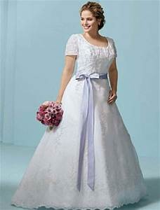 the benefit of vintage lace wedding dresses wedwebtalks With plus size retro wedding dresses