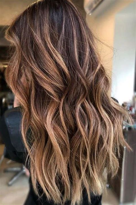 caramel hair color  trending  fallhere   stunning examples  bring   colorist