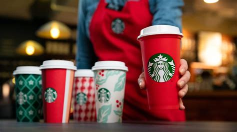 starbucks  giving  reusable cups  day todayhere