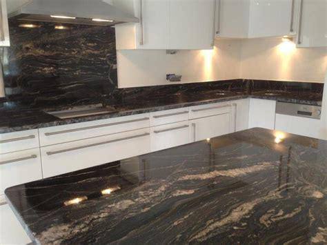 plan de cuisine en granit noir vaucluse avignon isle sur