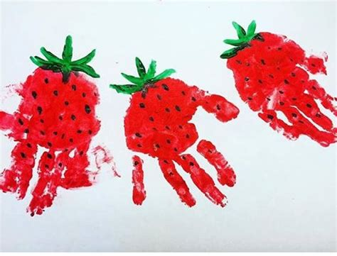 handprint strawberry art funnycrafts