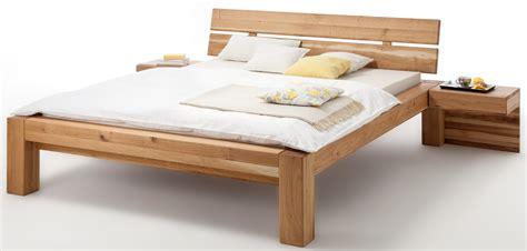 Bettgestell 140x200 Holz