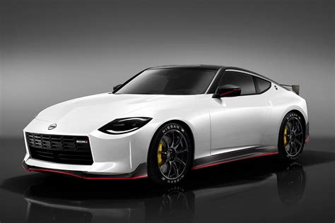 Nissan 400Z Nismo Looks Ready To Fight The Toyota Supra ...