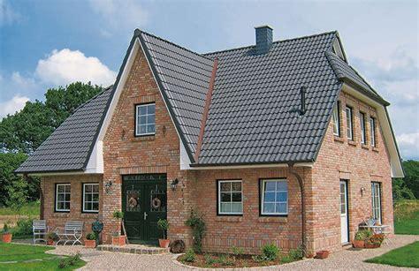 Moderne Häuser Mit Krüppelwalmdach by Friesenhaus 160qm Eco System Haus Gmbh Einfamilienhaus De