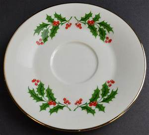 Fine China Japan Christma Holly Pattern Saucer 6 Cool Holiday Dinnerware Trends