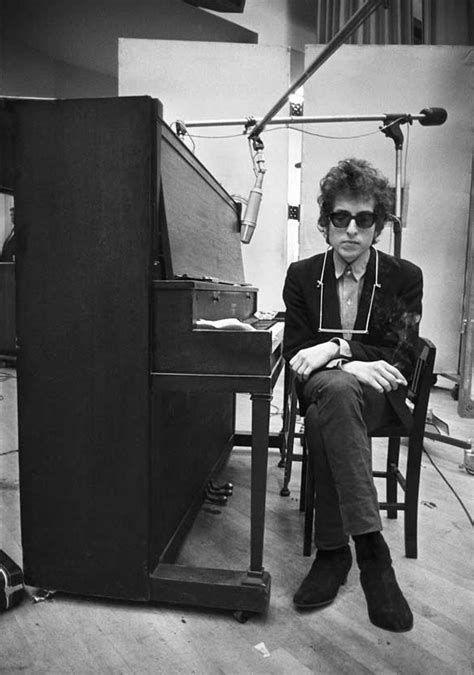 style icon: bob dylan | to take the train