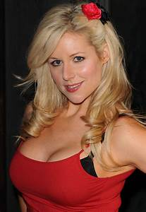 Abi Titmuss And Ari Welkom Star Pregnant With First Child