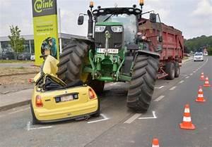 Faut Il Un Permis Pour Conduire Un Tracteur : avez vous le droit de conduire un tracteur agricole ~ Maxctalentgroup.com Avis de Voitures