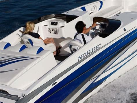 Nordic Power Boats by Research 2012 Nordic Power Boats 29 Deck Boat On