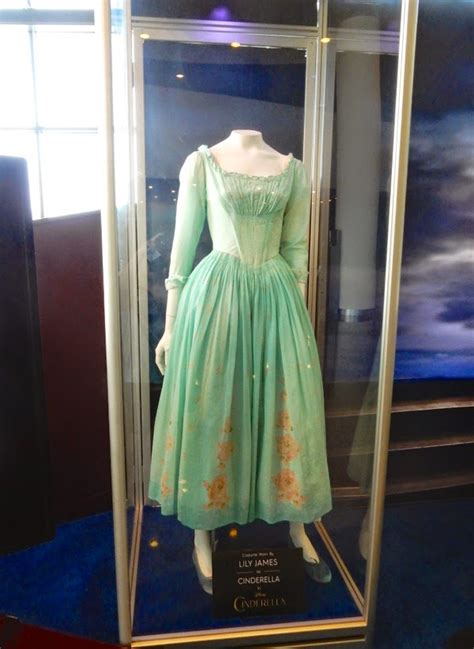 hollywood  costumes  props lily james  richard