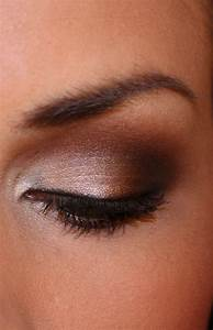 The brown smokey eye tutorials. | We Know How To Do It