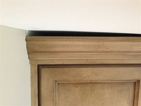 how to fix gap between how to fix gap between ceiling and kitchen crown molding