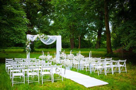 Garten Trauung by Exklusive Traum Hochzeit Auf Dem Rittergut Ermlitz