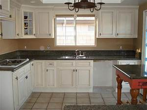 Kitchen and bath cabinets vanities home decor design ideas for Antique white kitchen cabinets