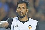 Man Utd transfer news: Valencia centre-half Ezequiel Garay ...