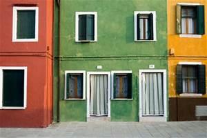 Hausfassade Neu Streichen : hausfassade streichen so gelingt die farbgestaltung ~ Markanthonyermac.com Haus und Dekorationen