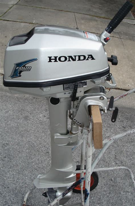 Honda Small Boat Motor by 5 Hp Honda Shaft Outboard For Sale