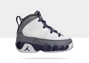 Air Jordan Retro 9 Boys Shoes