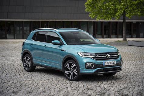 Podrás olvidarte de los límites y limitarte a ser tú mismo, que tu coche se convertirá en todo aquello. Primera prueba del nuevo Volkswagen T-Cross 2019 | Autocasión