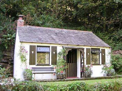 Cottage Tintagel by Coachman S Tintagel Trethevy Cornwall Self