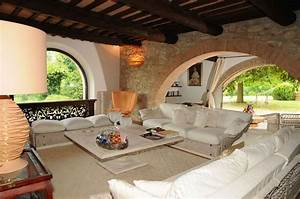 Antico Casale Di Lusso In Vendita Nella Campagna Toscana
