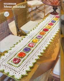 free crochet table runner pattern colorful flowers crochet kingdom