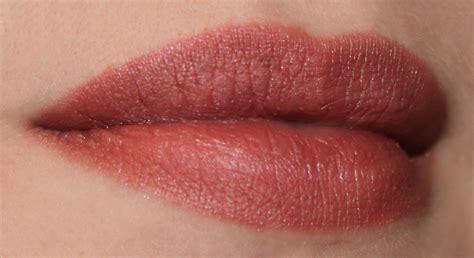 a levres bois de valentin passer d un maquillage de jour 224 un maquillage de soir 233 e en 10 minutes la
