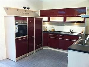Küche In Rot : nobilia musterk che front uno hgl rot ausstellungsk che in coesfeld von stall treffpunkt k che ~ Frokenaadalensverden.com Haus und Dekorationen