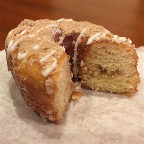 Dunkin Donuts Pumpkin Donut Nutrition by Snickerdoodle Croissant Caramel Cheesecake Donut Review
