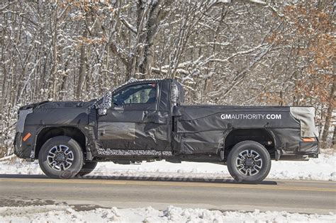 Chevrolet New Trucks 2020 by 2020 Gm Hd Trucks Pictures Photos Gm Authority