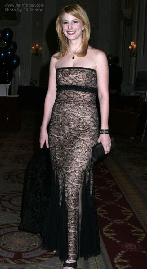 Diane Neal   Chic and feminine modern shoulder long