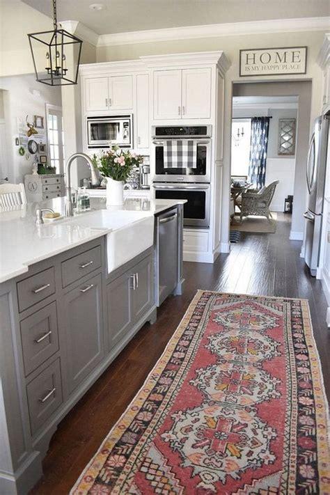 ces  cuisines grises  blanches vous feront vous