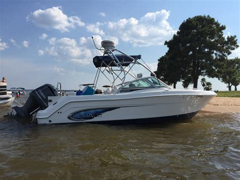 Robalo R227 Boat Test by Robalo Boats For Sale Page 23 Of 50 Boats