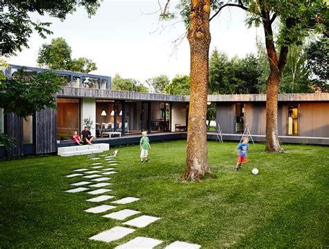 Moderne Quadratische Häuser by Architektenh 228 User Familien Bungalow Mit Innenhof